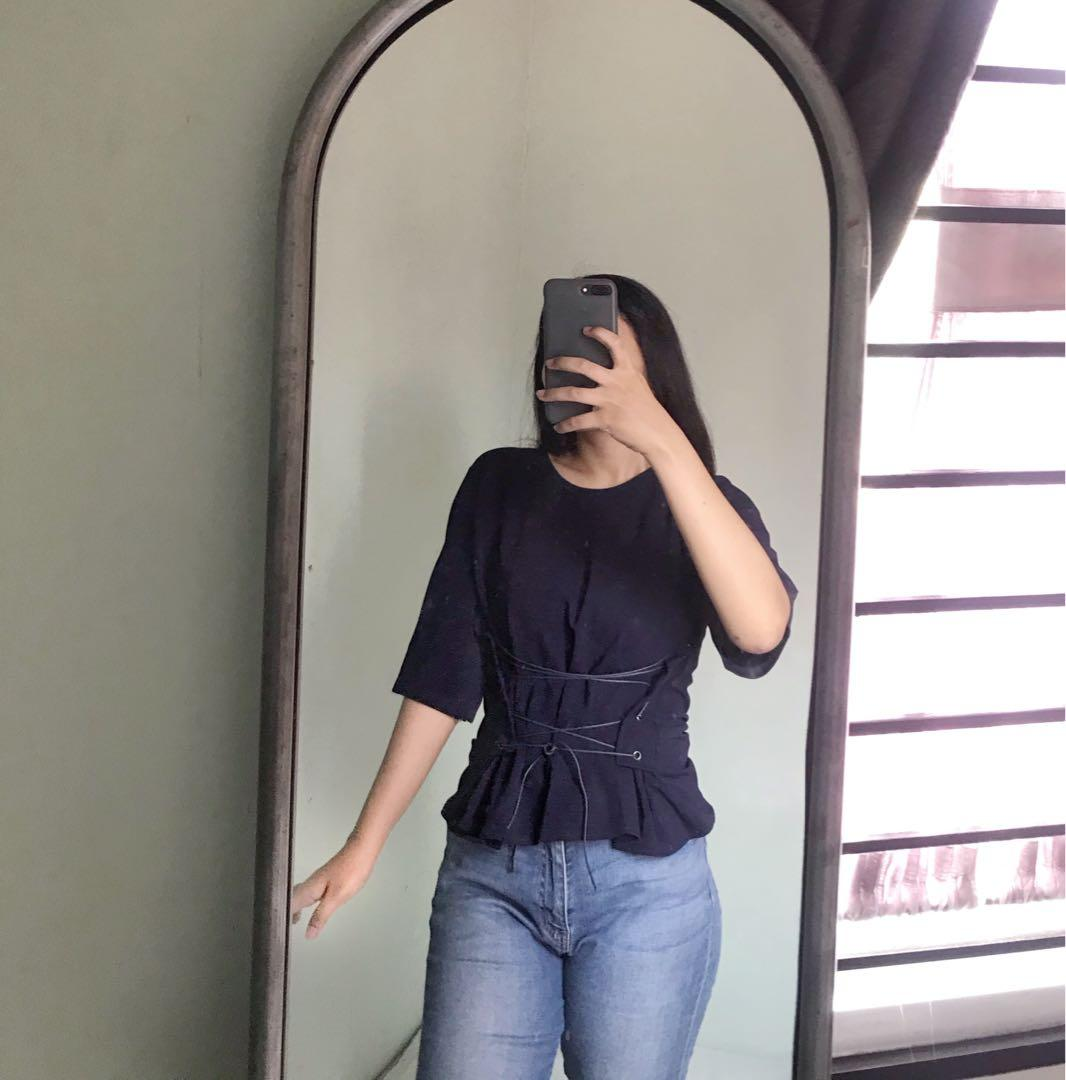 #mauovo Navy Top (NEW)
