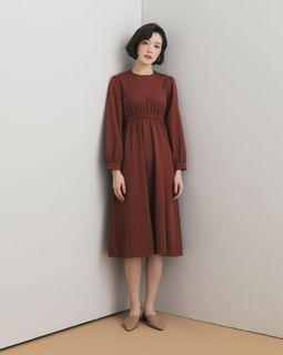 Meier q 厚磅 大地色 彈性縮腰 顯腰身 修身 連身裙 洋裝 A字裙 肩釦