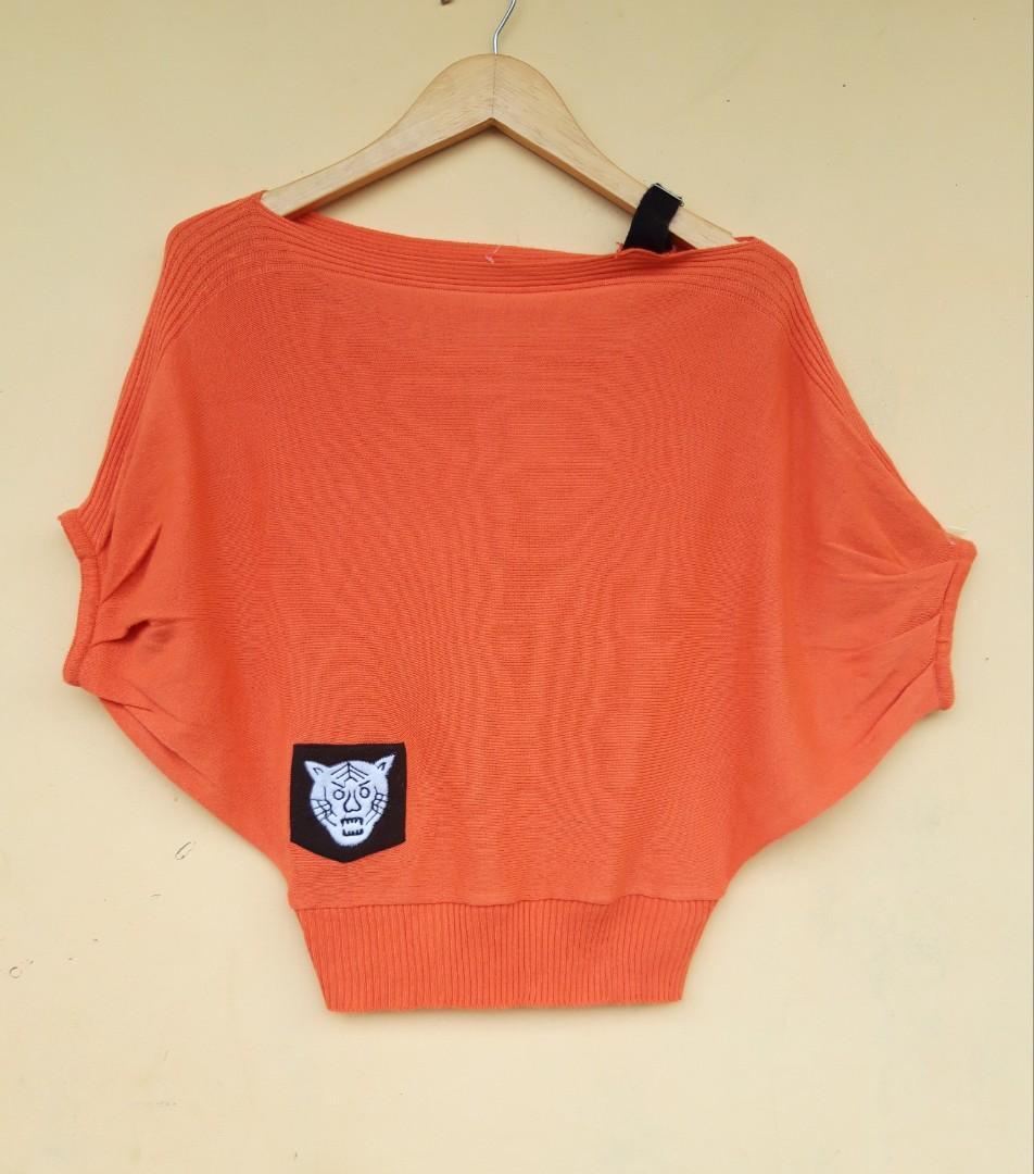 #octoberovo orange top