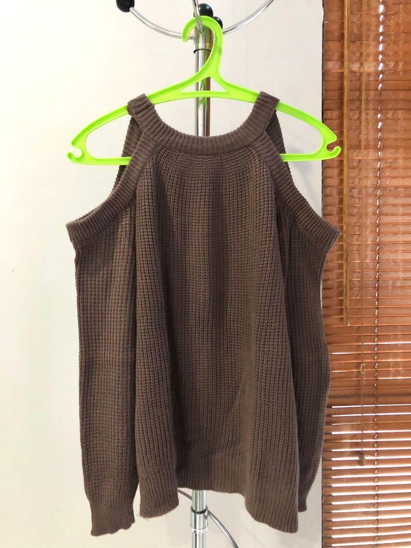 Off-shoulder Sweatshirt