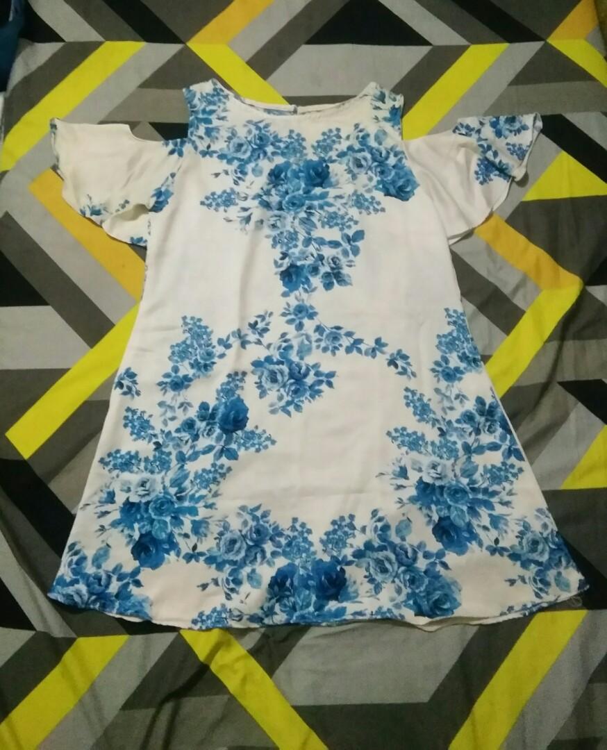 #oktoberovo Floral summer dress