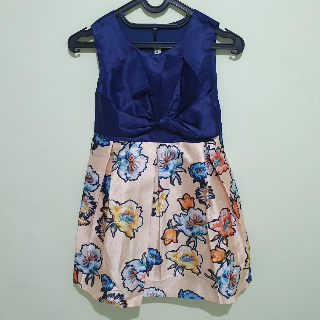 #oktoberovo Preloved Dress Mitun Navy Size 11-12y.o