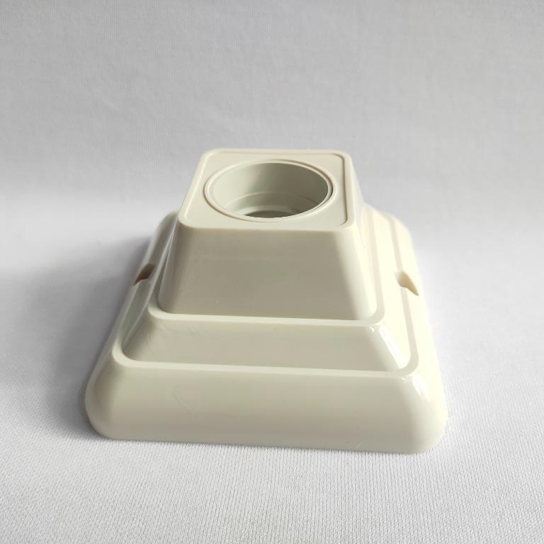 Panasonic Fitting Lampu Plafon Kotak - NLP52202