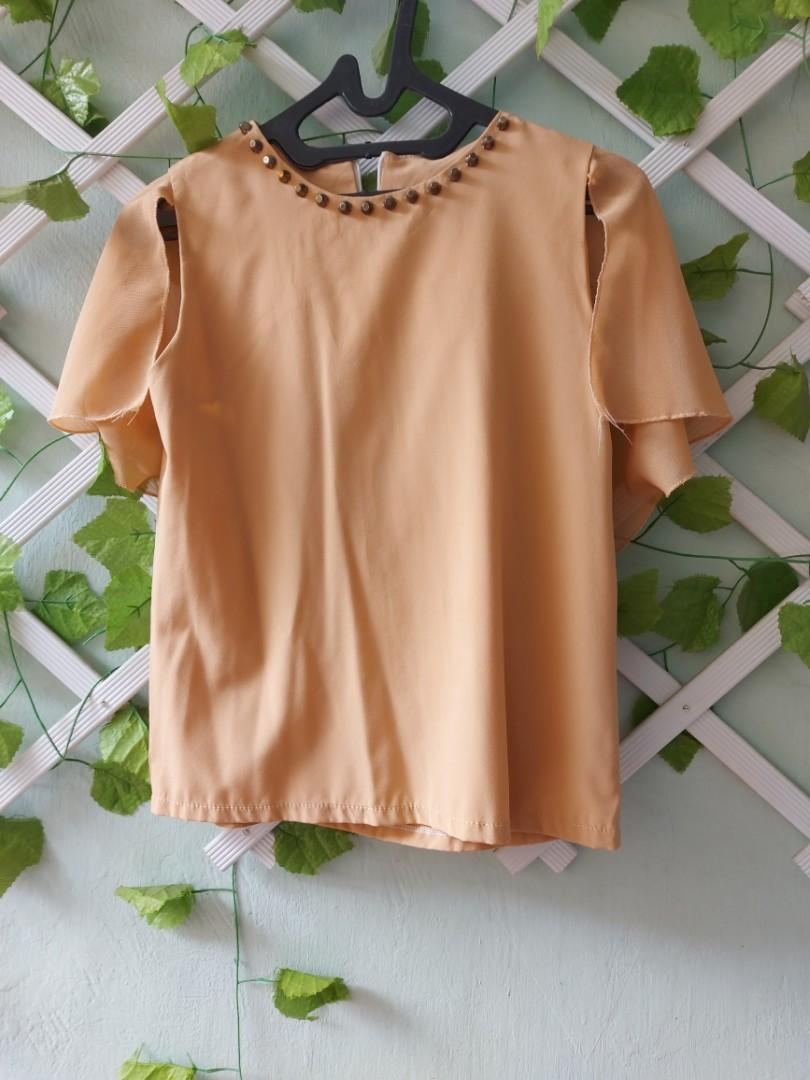 Peach Brown Top