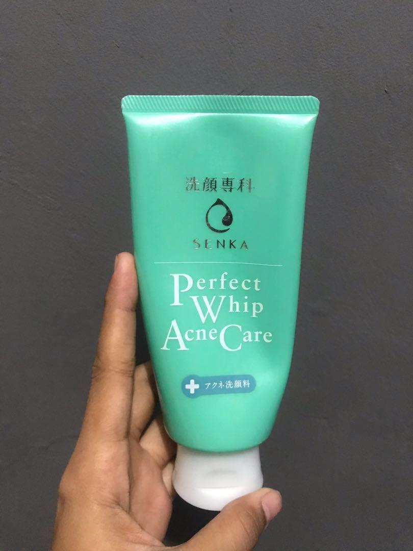 senka perfect whip acne care