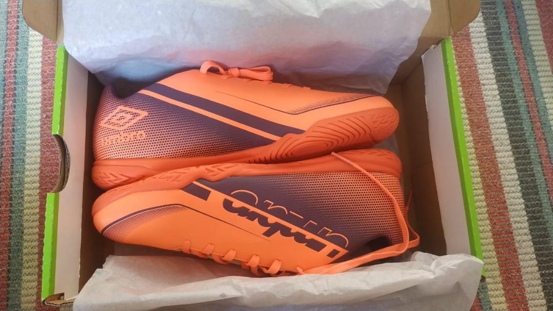 Sepatu Futsal Umbro Size 43