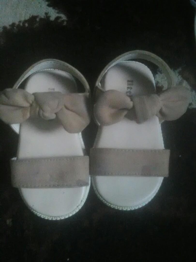 sepatu sandal anak