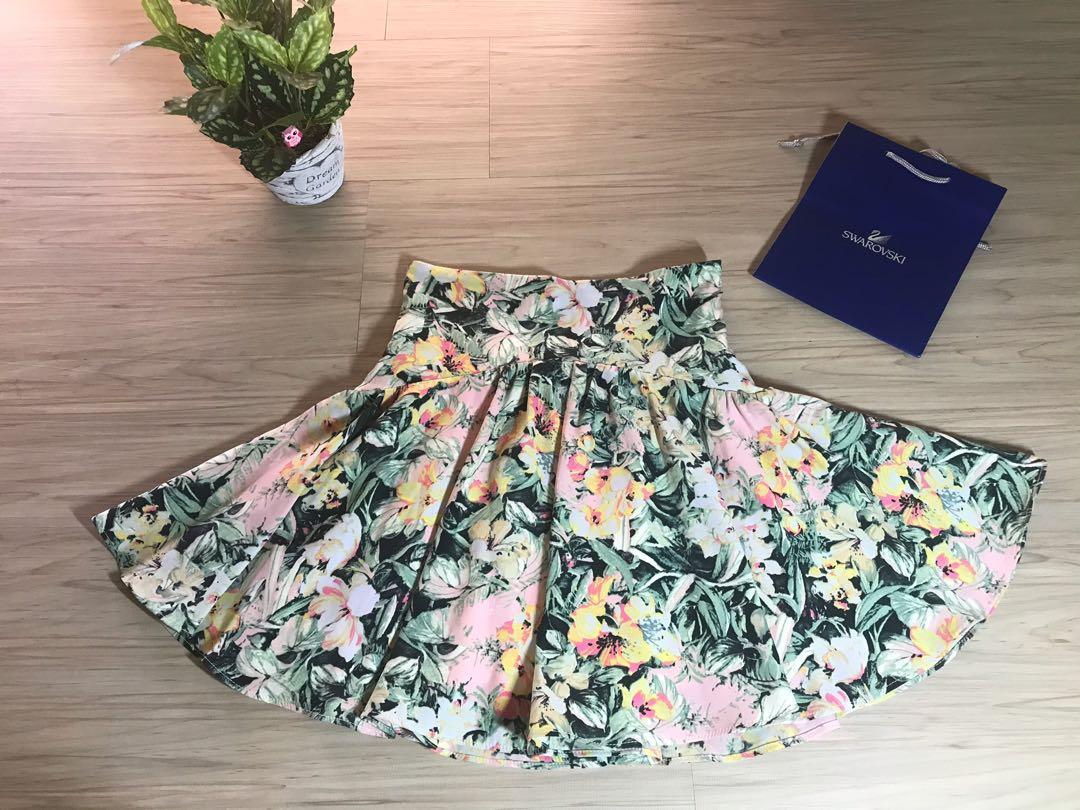 日本大牌Snidel花卉風a字散裙