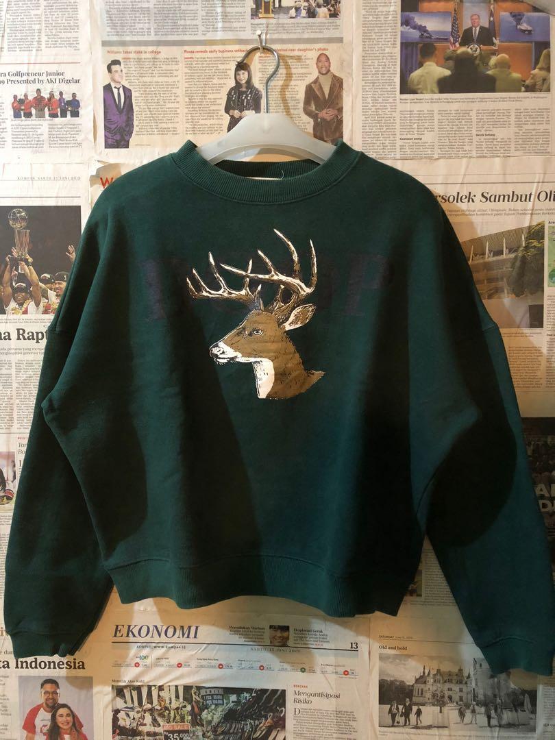 Sweater tokimonsta