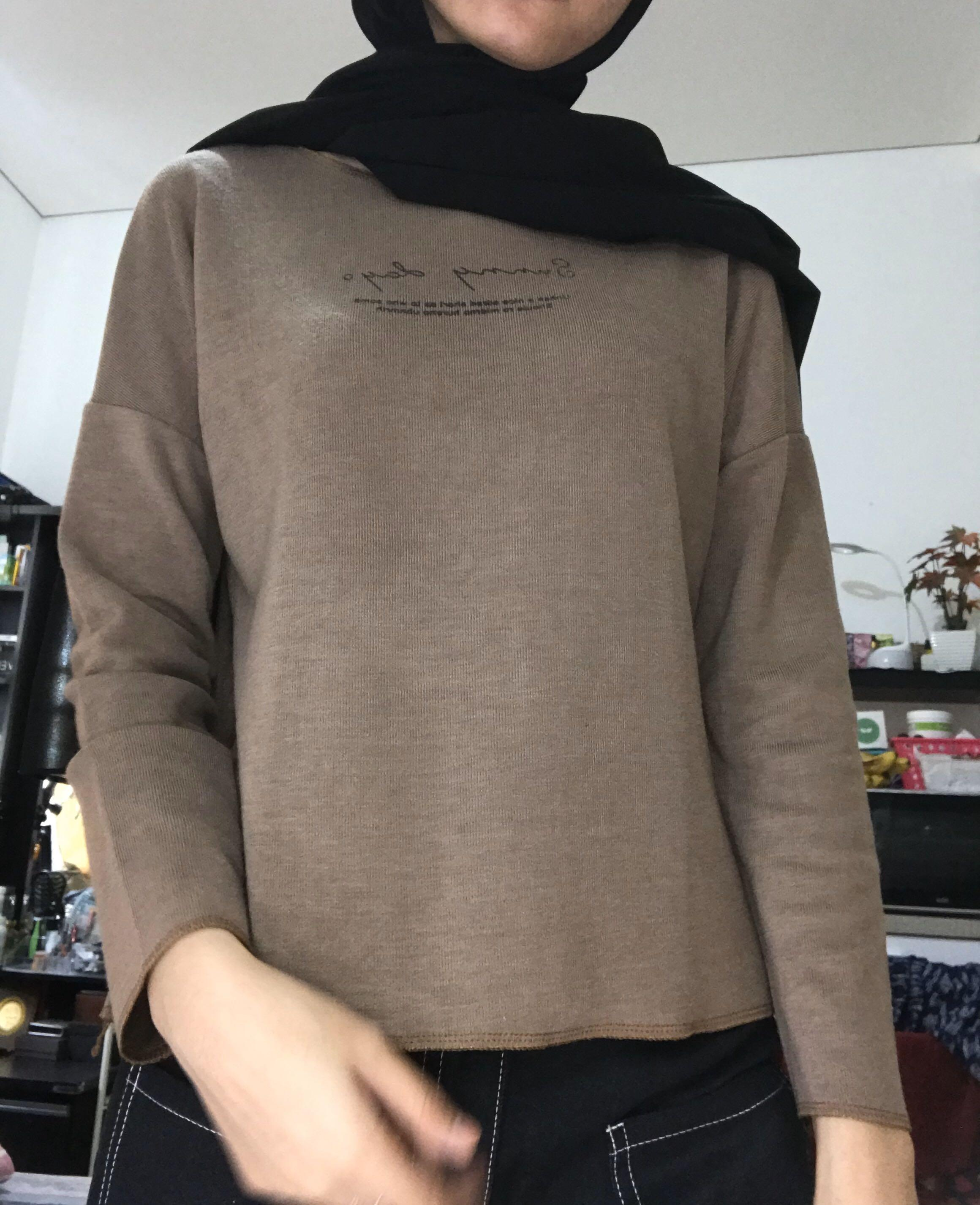 Sweatshirt coklat