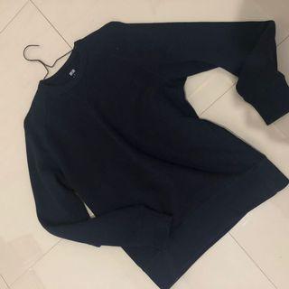 Uniqlo sweater sz S