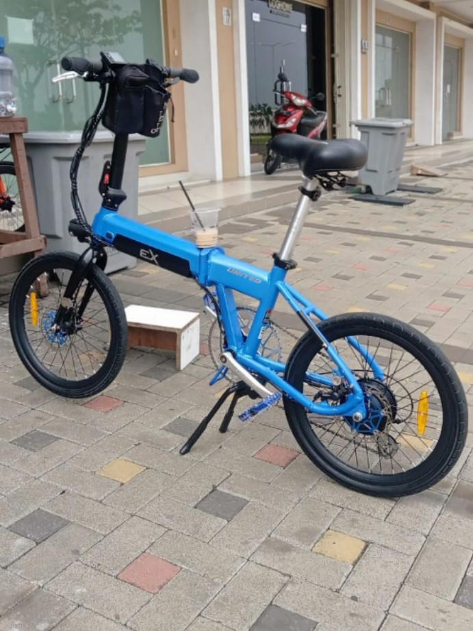 United ex electric folding bike
