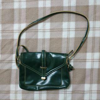 深墨綠色包包