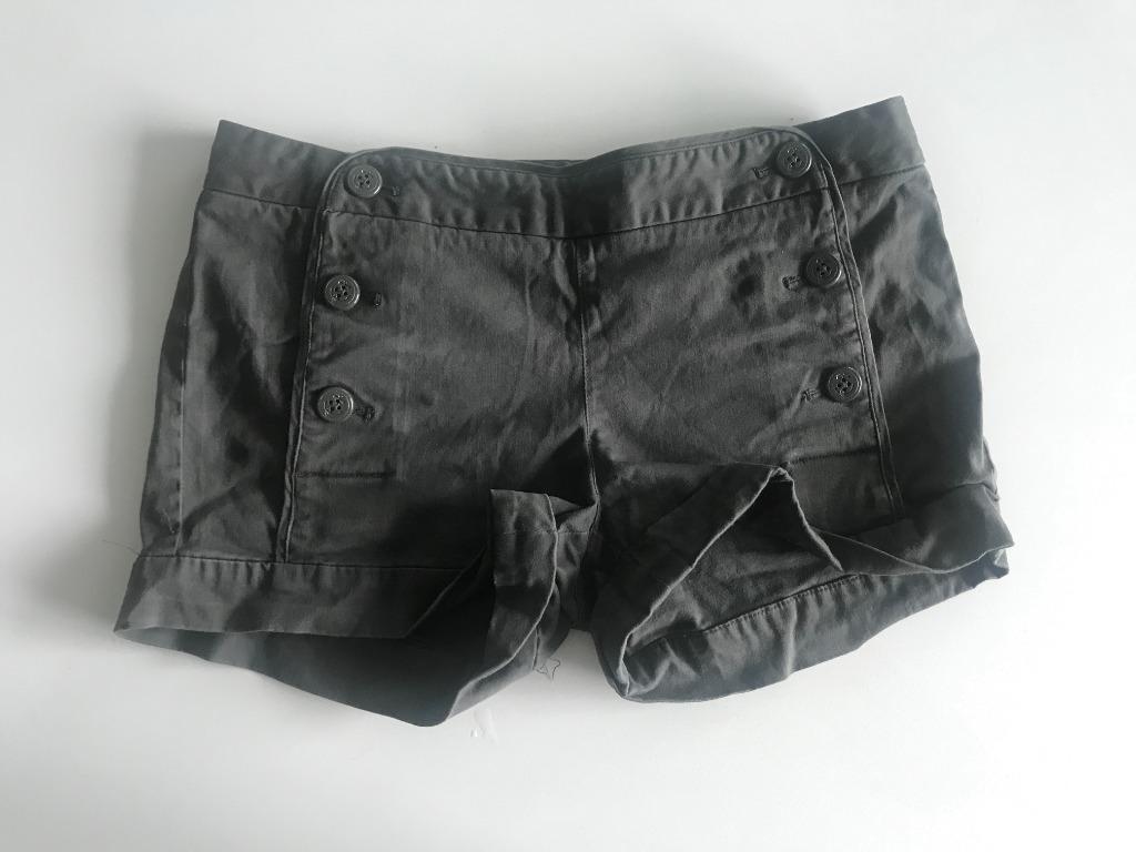 Aritzia Talula Grey Sailor Shorts Size 4