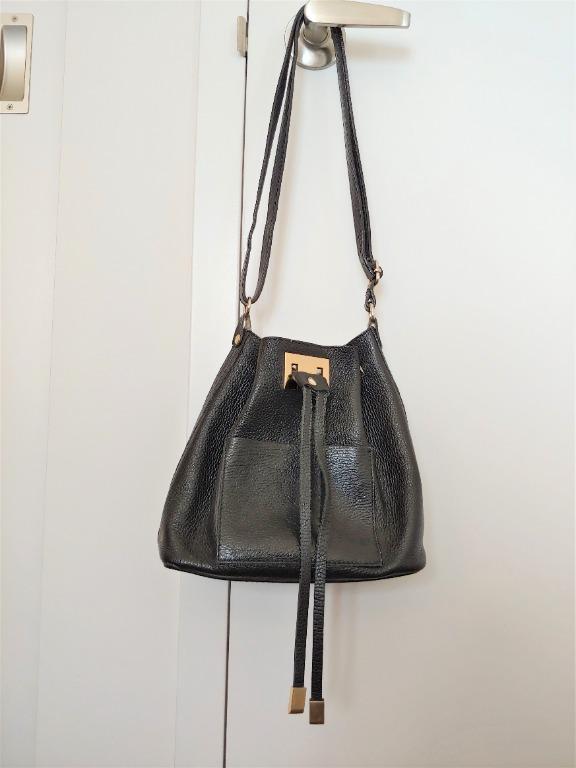 Genuine Leather Bucket Bag (black)