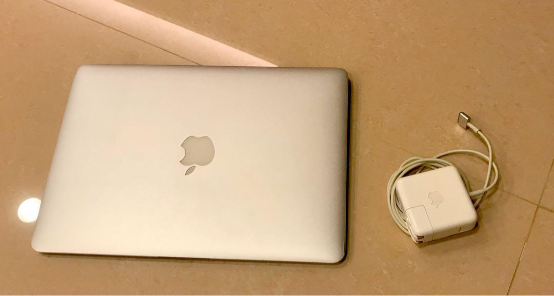 【MacBook Air 13英寸】銀色 2015年