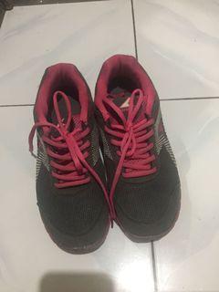 Sepatu olahraga MURMMER size besar - FREEONG JABODETABEK