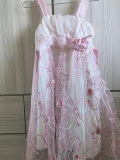 女大童蕾絲洋裝