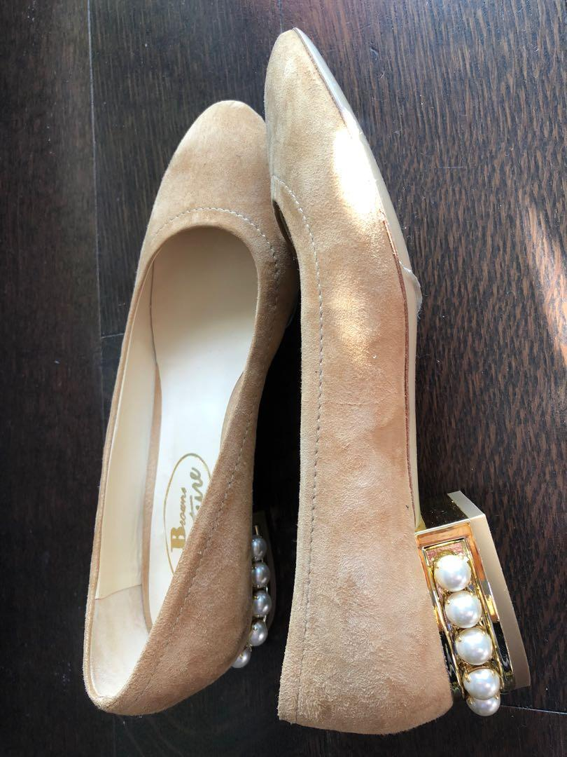 Brand new leather sole flat