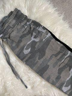 Cargo joggers size small