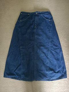 Levi long skirt
