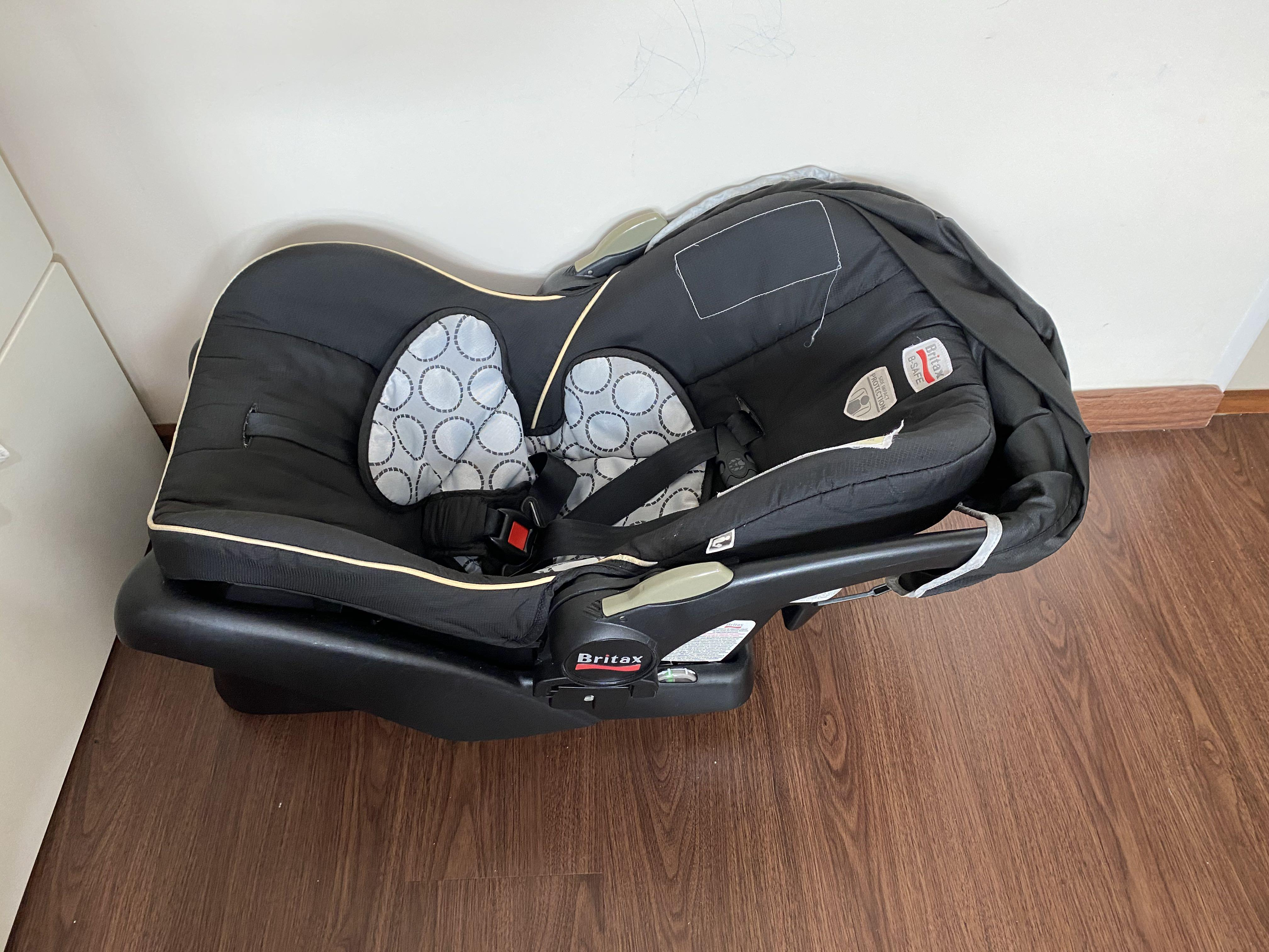 Britax B-Safe Baby Car Seat with Base