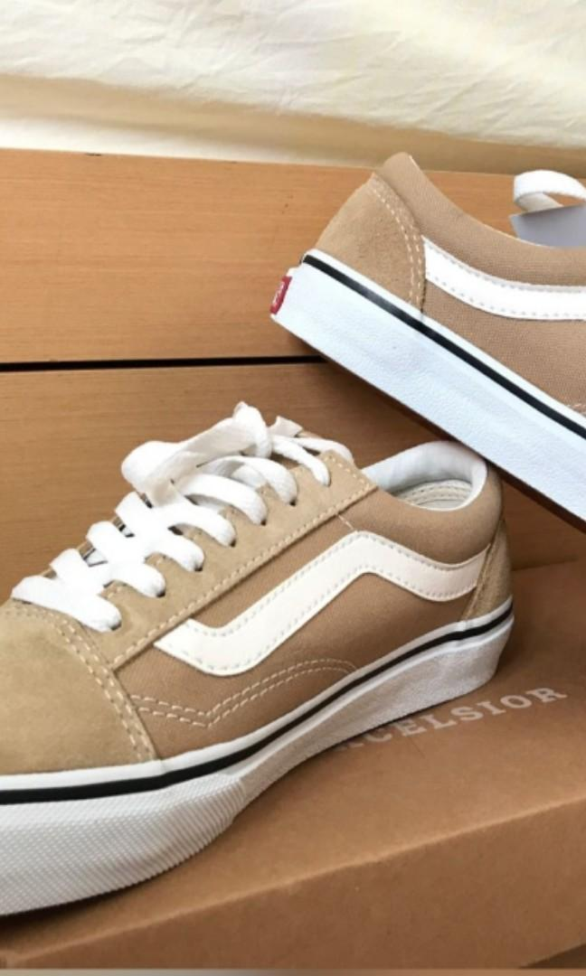 Vans9.5全新奶茶色版鞋