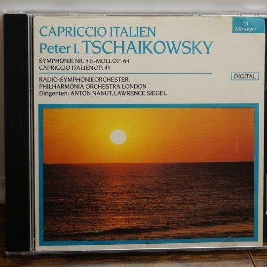 古典音樂/柴可夫斯基第5號交響曲及義大利隨想曲/倫敦交響樂團/二手CD #二手價