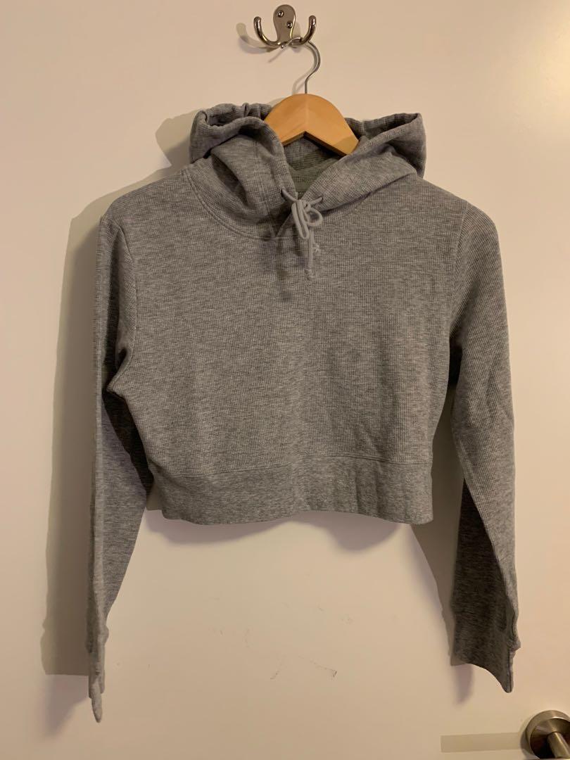 Aritzia Sunday best cropped hoodie