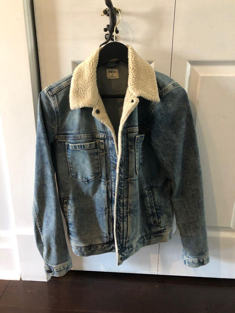 Gap denim jacket with shearling trim - size small