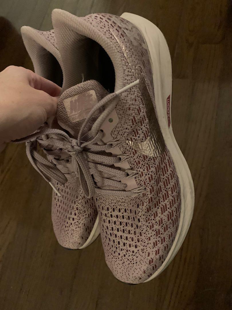 NIKE Zoom Pegasus 35 Running Shoes - 8.5