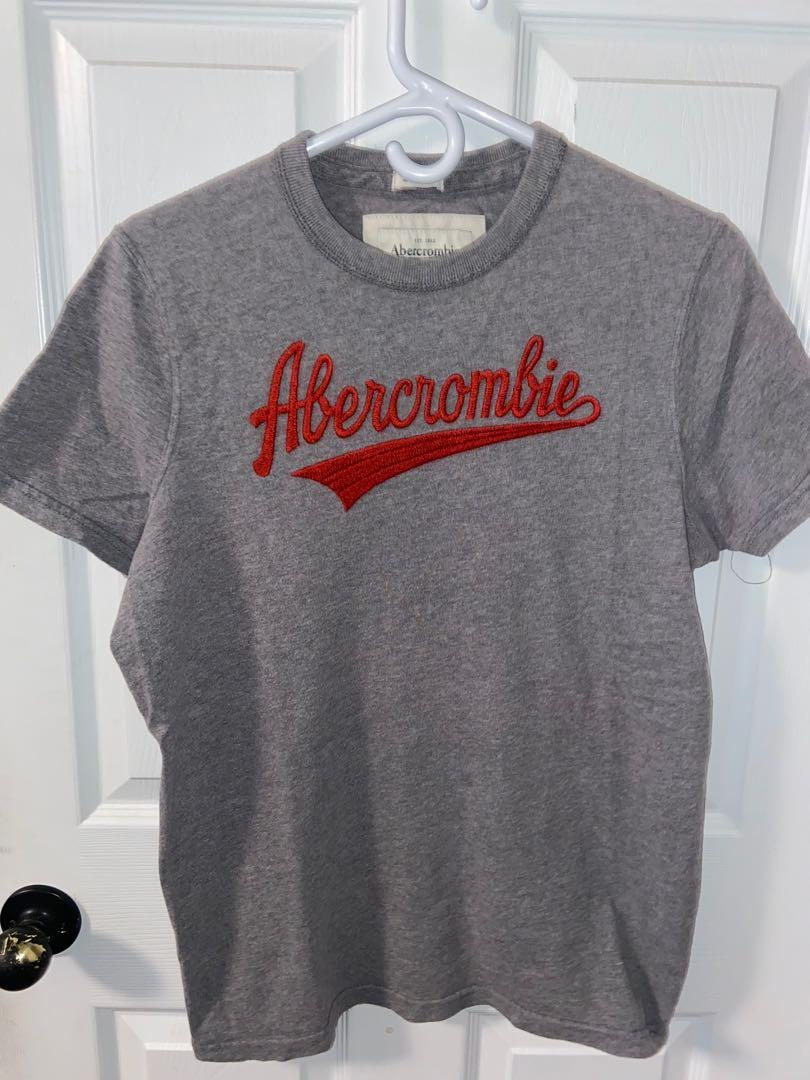 Abercrombie and Fitch T-Shirt Large