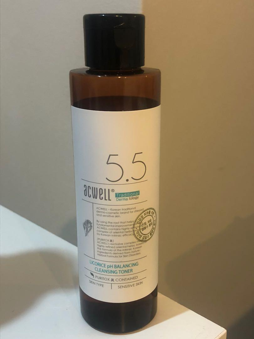 Acwell 5.5 Licorice pH balancing cleansing  toner