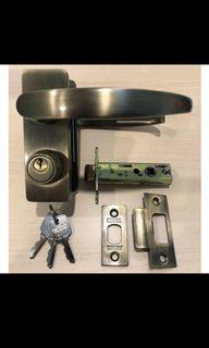 NEW BTO  HDB ROOM DOOR LEVER HANDLE SET FOR POSSE/YTL /BLIY AND OTHERS