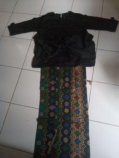 Setelan Batik yu