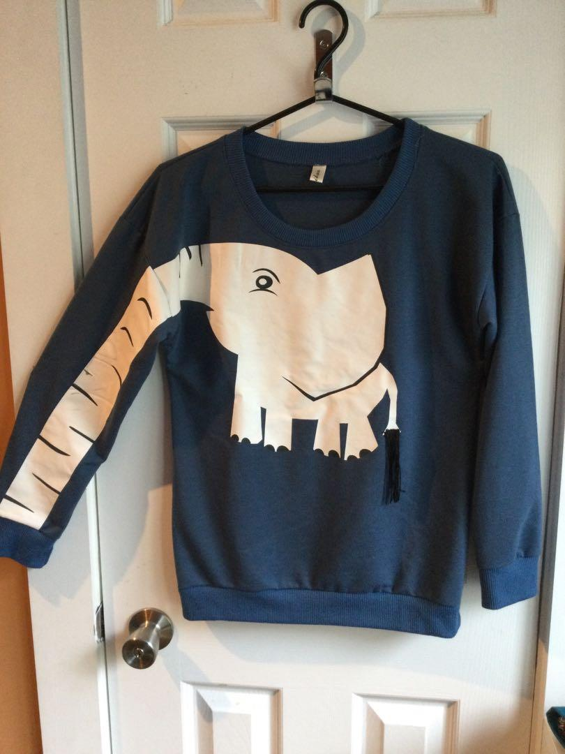 Sweater size Small adults  or large kids