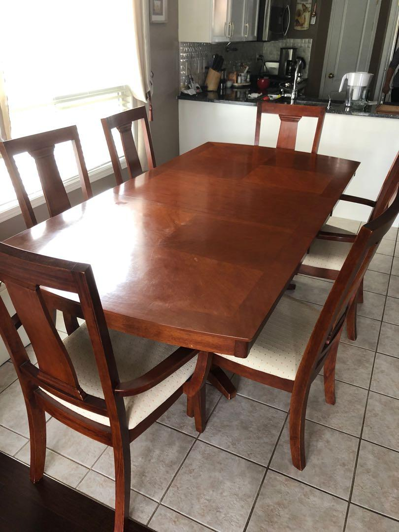 Dining Room Table/Chairs and China Cabinet