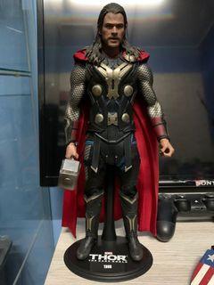 Hot Toys Thor The Dark World