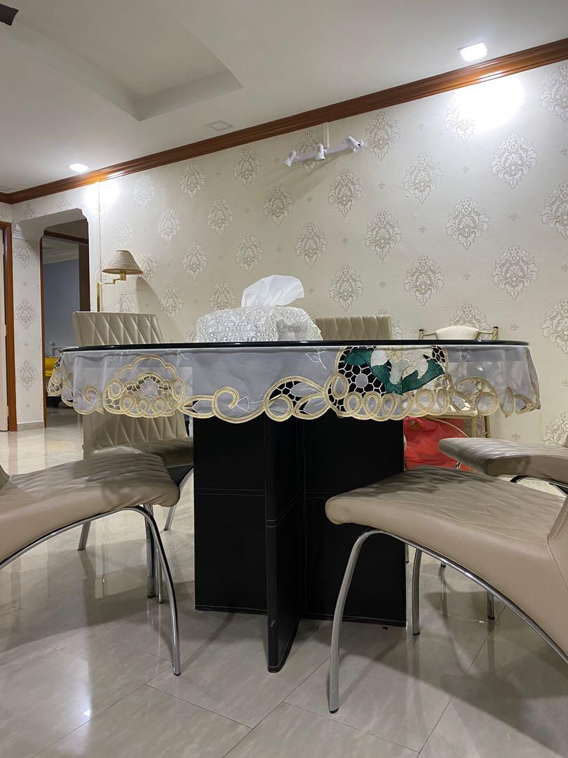 Large Circular Dining Table Furniture Tables Chairs On Carousell