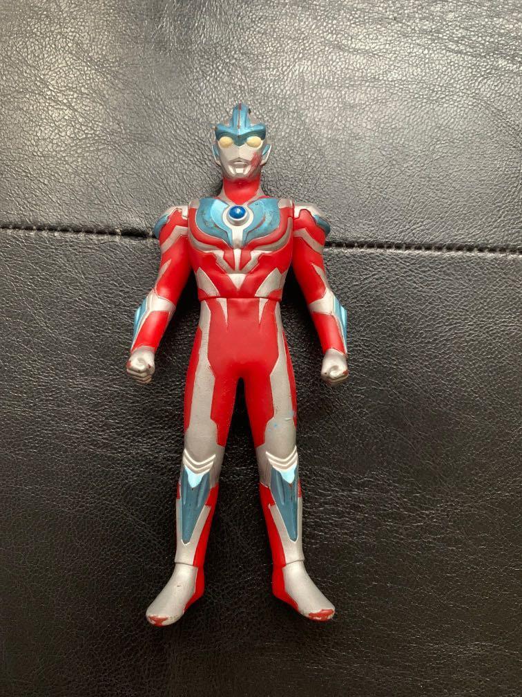 Ultraman gingga S