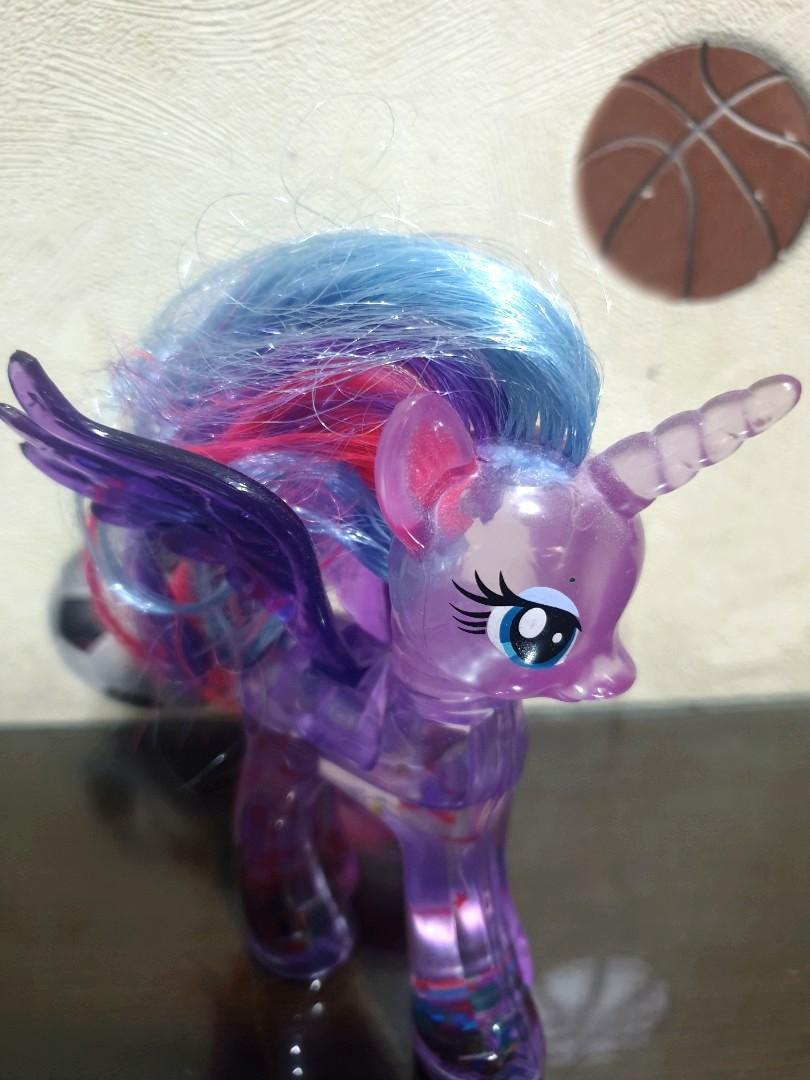 Action figure Unicorn purple