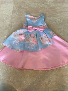 Flowery dress  for girls