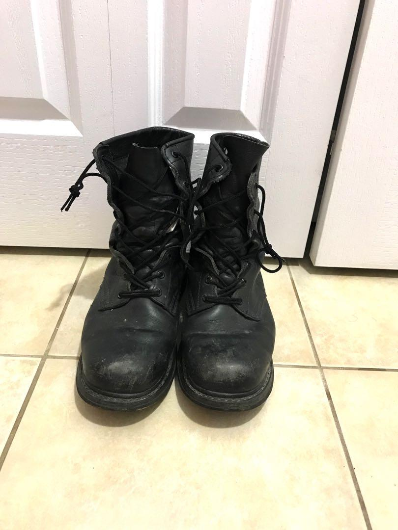 Military boots size 1