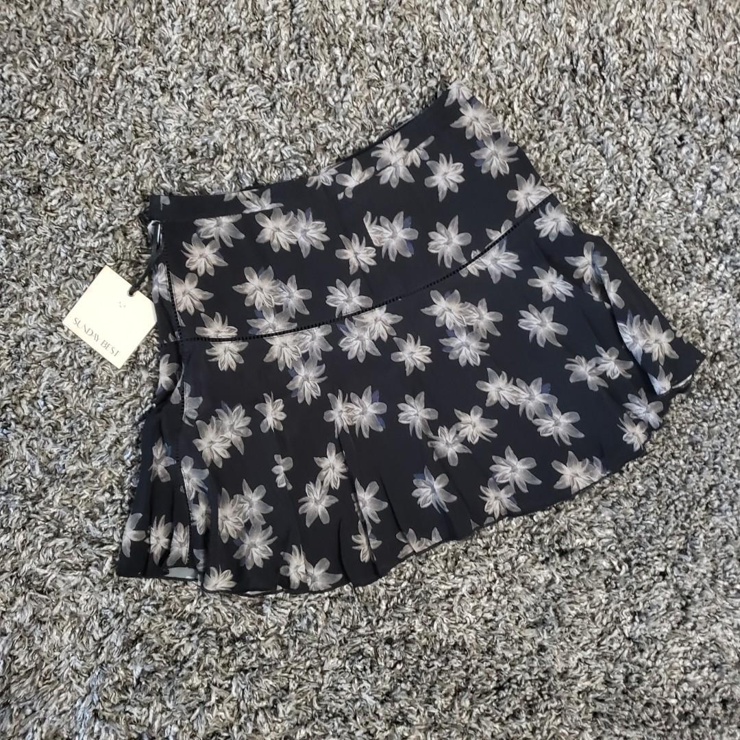 Sunday Best skirt Size 0