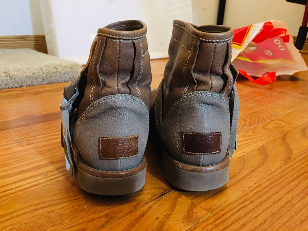 UGG   Collection Boots  size 7