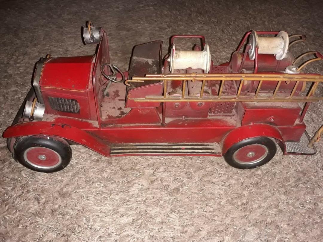 1920s ladder truck