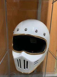 Helmet Garage 63 cafe racer