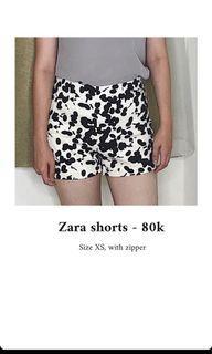 Zara shorts   high waist, Size XS