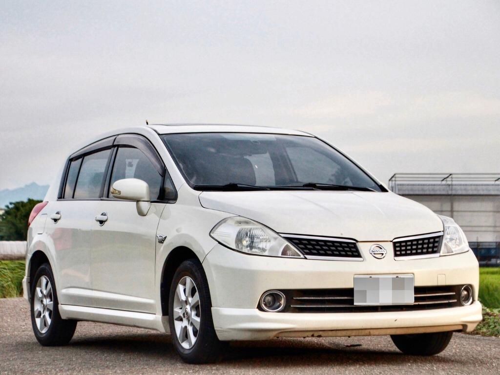2009 Nissan Tiida 1.8 白 配合全額貸、找 錢超額貸 FB搜尋 : 『阿文の圓夢車坊』