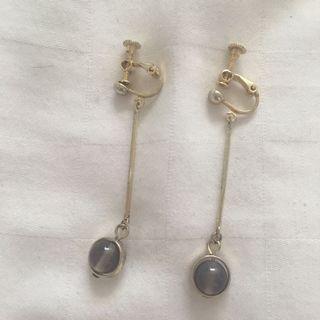 圓灰色瑪瑙直鏈垂釣式夾式耳環